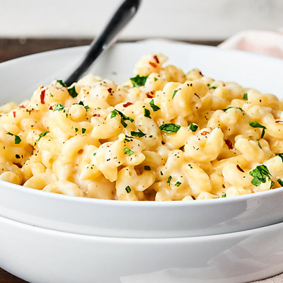 5 Mac and Cheese Recipes: From Classic to Veggie-Packed