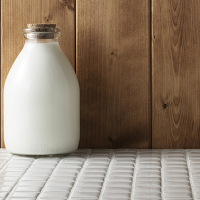 Cow's Milk: A Simple, Nutritious Choice